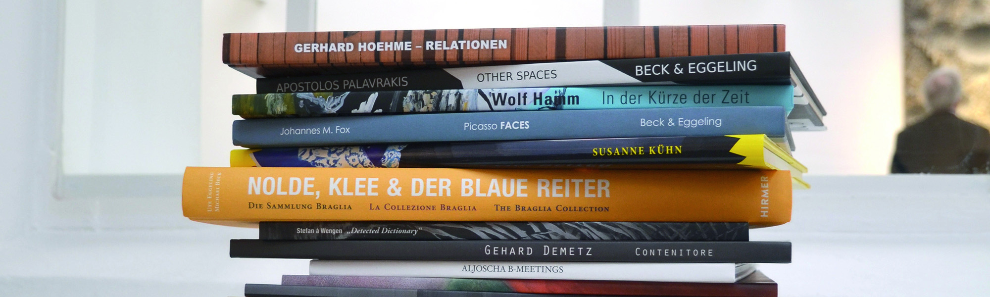 Bücherstapel_slider1.jpg